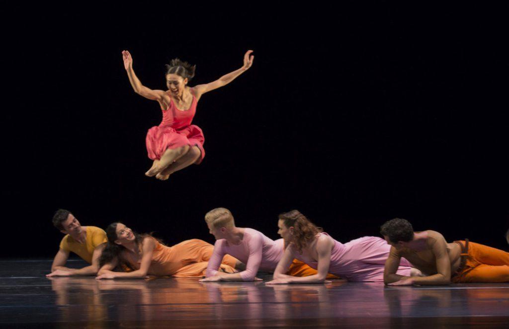 """1. W.S.Chan, A.Simões, D.Becker, V.Hoffman, C.Andriot and B.Narnhammer, """"Esplanade"""" by P.Taylor, Ballett am Rhein © G.Weigelt 2016"""