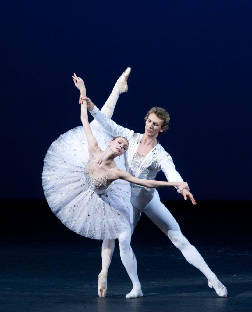 "7. O.Smirnova and S.Chudin, ""Jewels"" (Diamonds) by G.Balanchine, © The George Balanchine Trust, Bolshoi Ballet, photo by E.Fetisova/Bolshoi Theatre"