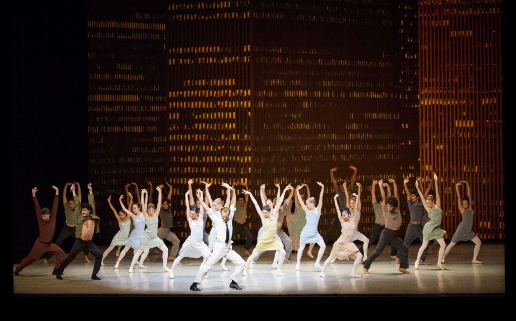 """1. L.Riggins and ensemble, """"Bernstein Dances"""" by J.Neumeier, Hamburg Ballet © K.West 2016"""