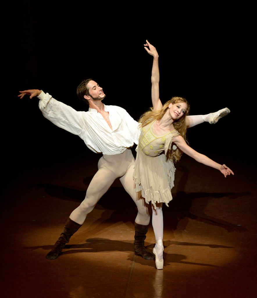 1. Alexander Jones and Alicia Amatriain, The Taming of the Shrew, Stuttgart Ballet, photo Stuttgart Ballet