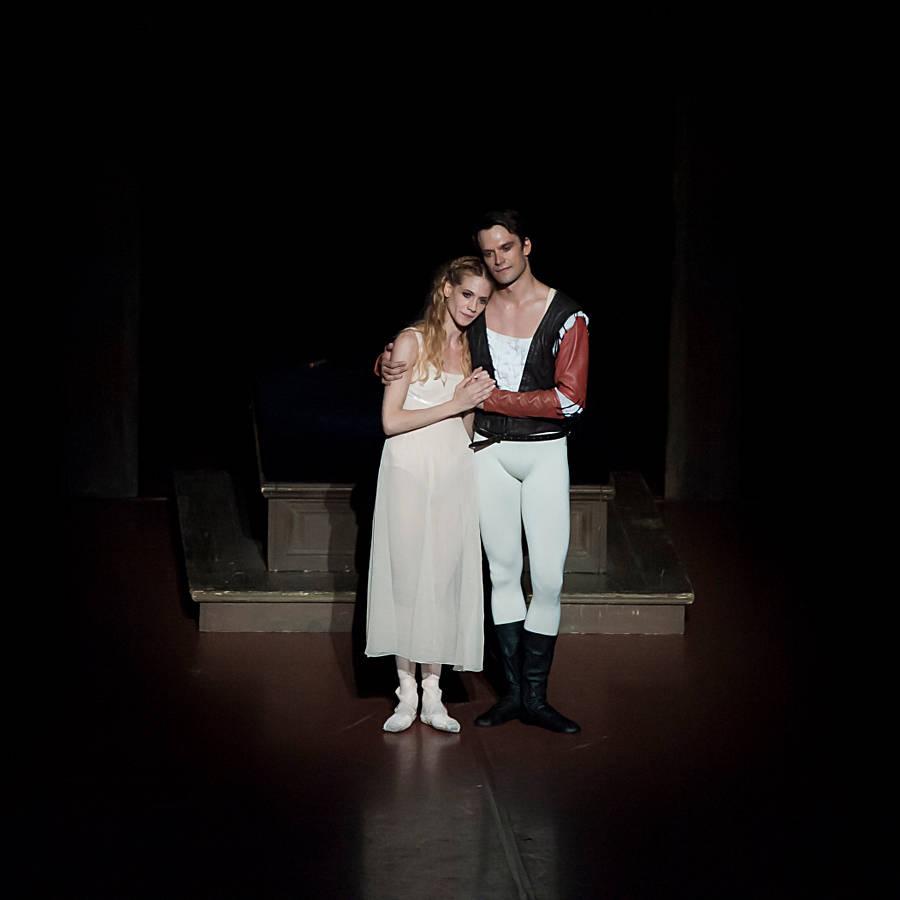 "1. A.Amatriain, F.Barankiewicz, ""Romeo and Juliet"" by John Cranko, Stuttgart Ballet"