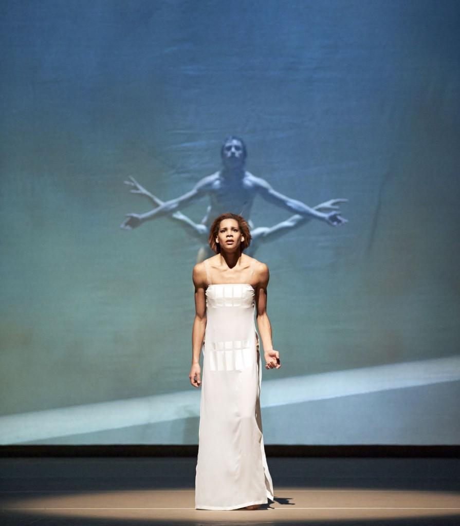 """10. R.Horner, D.Cherevychko and K.Kourlaev, """"The Legend of Joseph"""" by J.Neumeier, Vienna State Ballet © M.Pöhn 2015"""