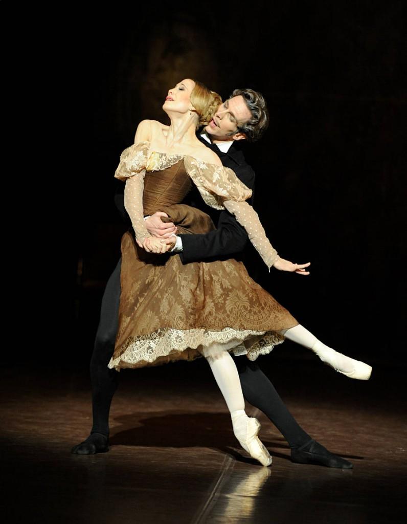 3. Alicia Amatriain and Even McKie, Onegin by J.Cranko, Stuttgart Ballet, photo Stuttgart Ballet