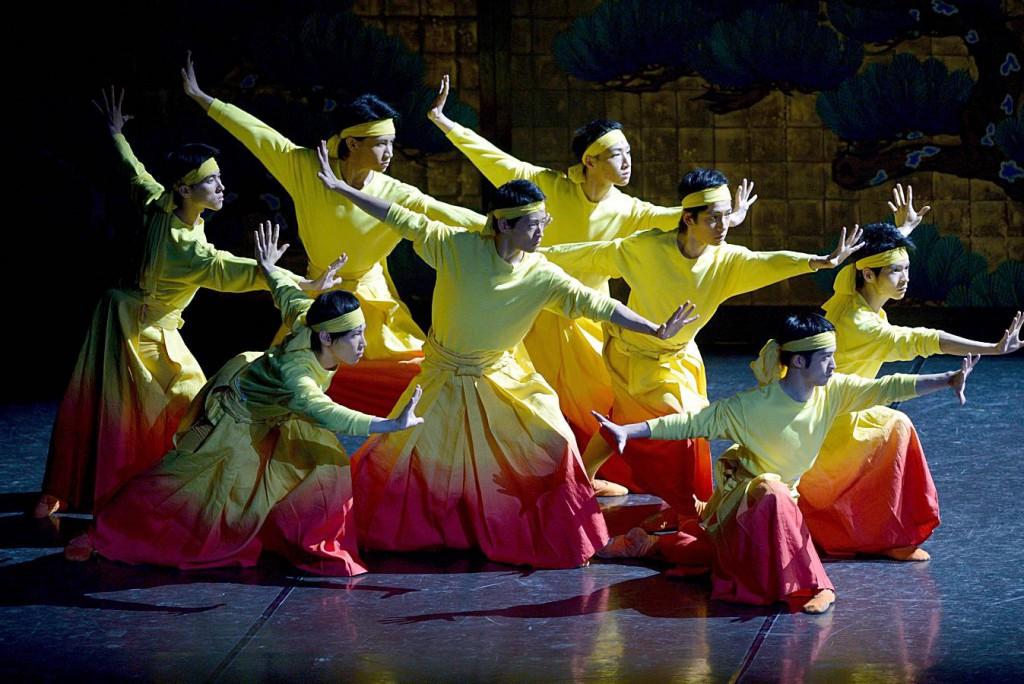 2. Ensemble, The Kabuki by Maurice Béjart, Tokyo Ballet 2014