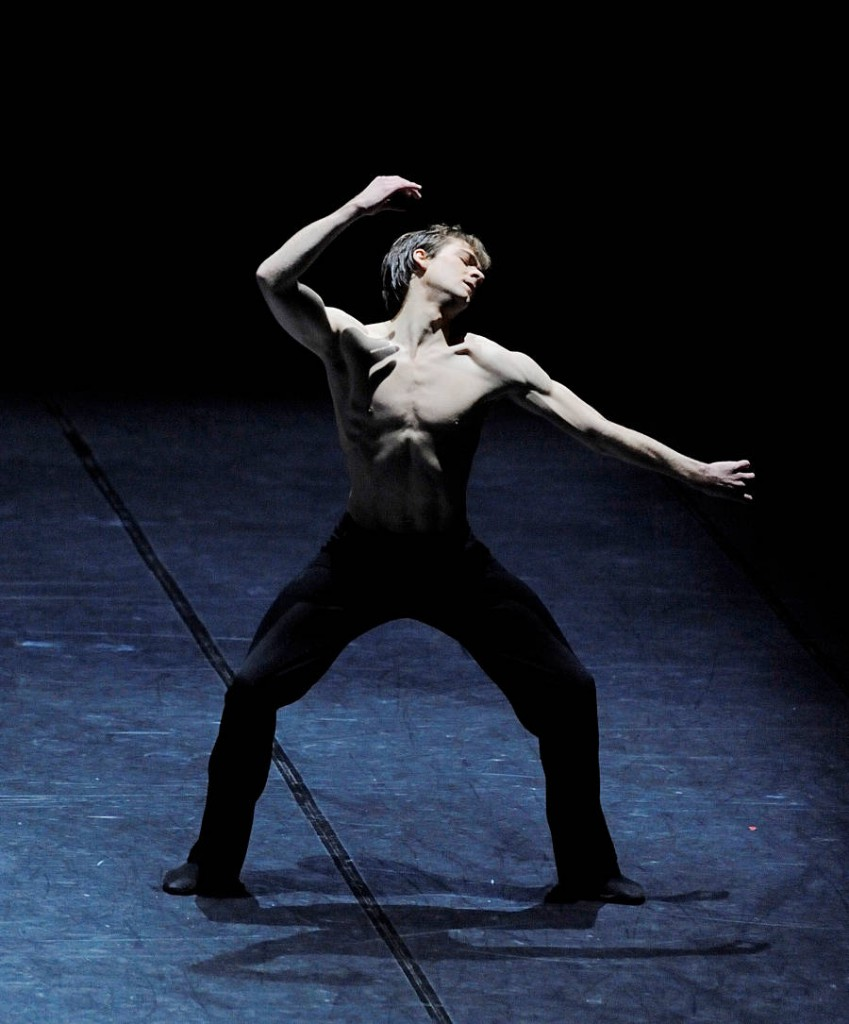 26. Friedemann Vogel, Fancy Goods by Marco Goecke, Stuttgart Balle, photo Stuttgart Ballet