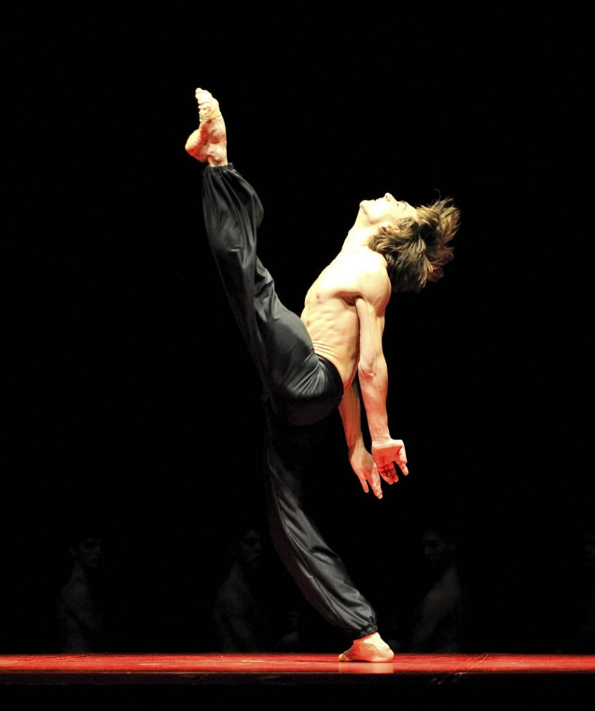 23. Friedemann Vogel, Bolero by Maurice Béjart, Stuttgart Ballet, photo Stuttgart Ballet