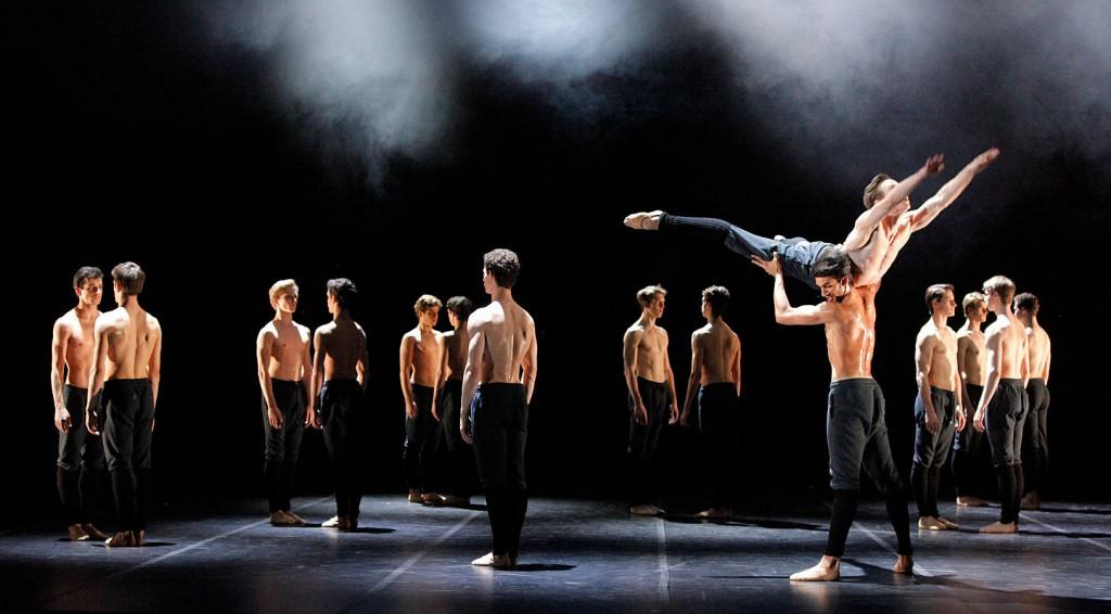 3. Allen, Novitzky, Parolin and ensemble, No Men's Land by Edward Clug, Stuttgart Ballet