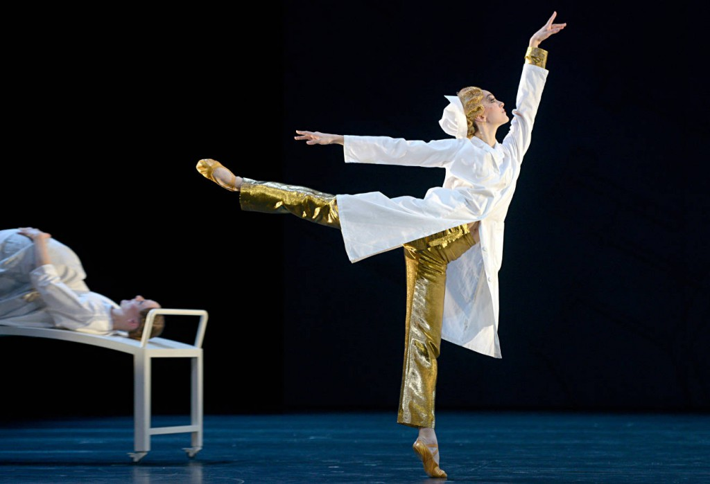 4. M.Borel and J.Brunner, Sleeping Beauty by Mats Ek, Zurich Ballet