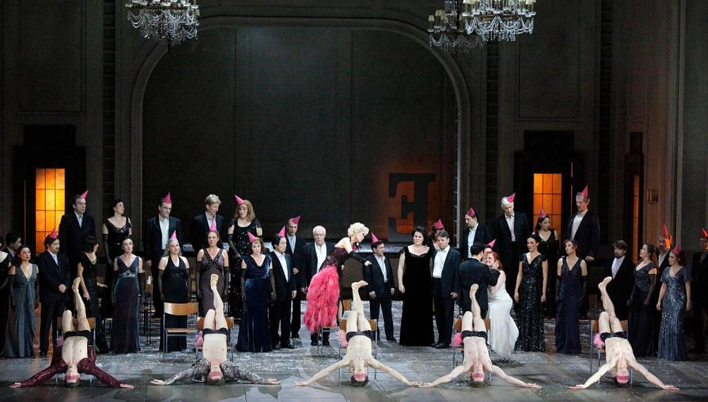 3. Ensemble (2011), Orphée et Euridice by Christian Spuck, Stuttgart