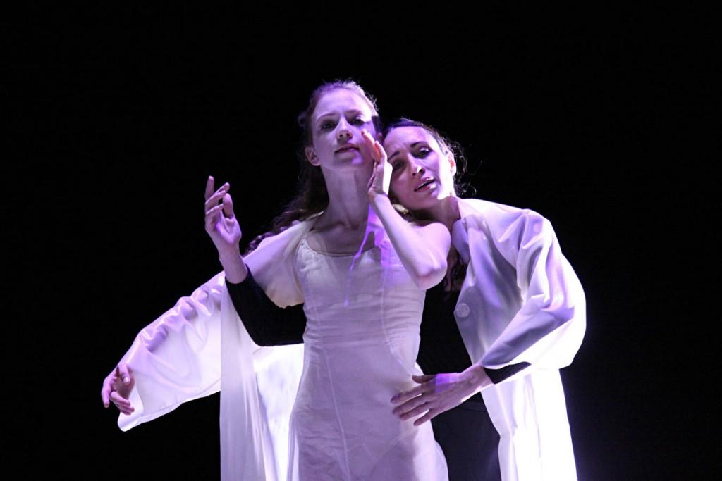 4. C.Agüero and E.Mazon, Messiah by John Neumeier, Hamburg Ballet