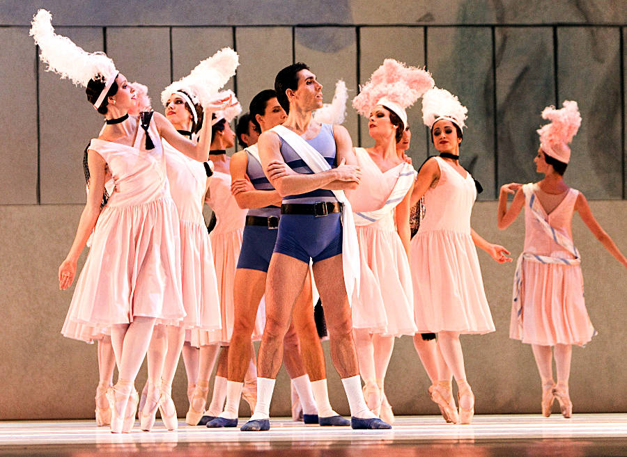 "4. J.Amo, M.Chashchegorov, M.Urban and ensemble, ""Les Biches"" by B.Nijinska, Bavarian State Ballet"