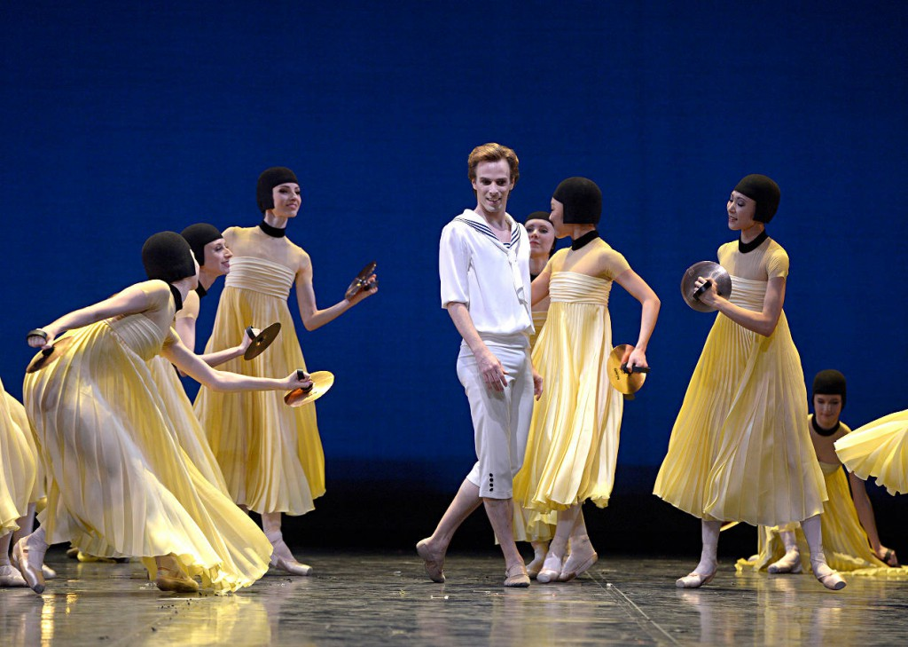 5. R.Krenstetter and ensemble, Namouna by A.Ratmansky, State Ballet Berlin