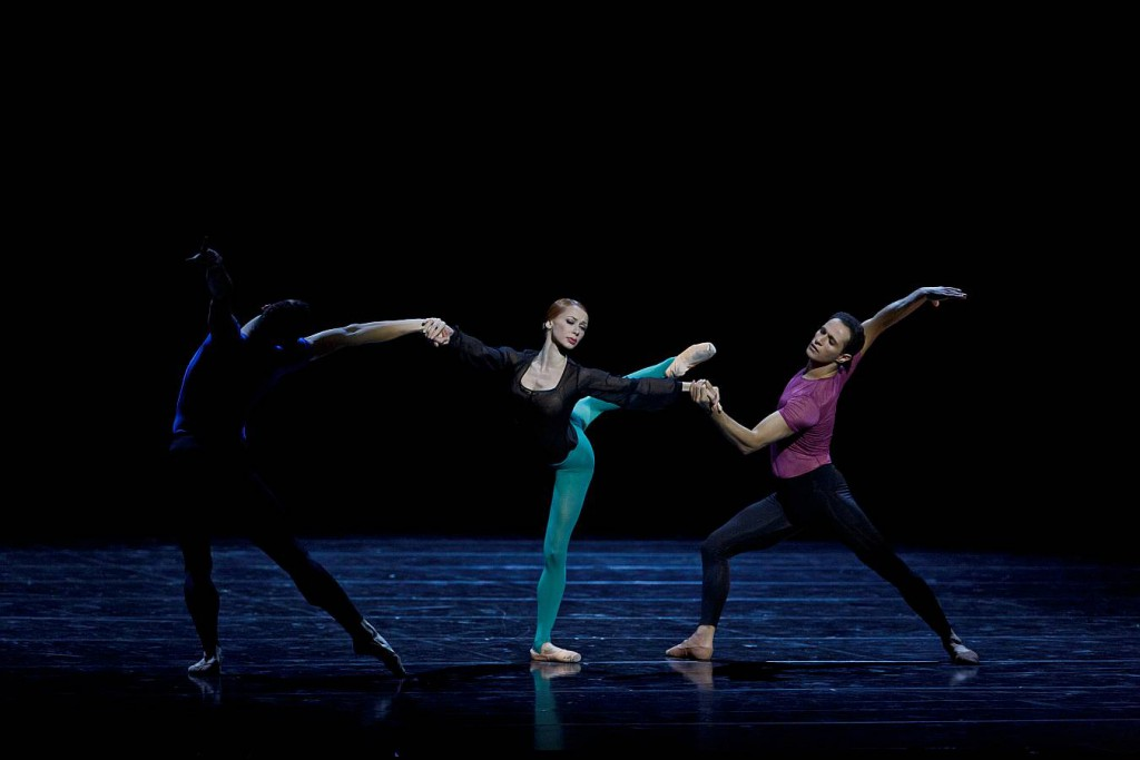 5. C.Cangialosi, I.Salenko and A.Mehrabyan, Toccata, Les Ballets Bubenicek, Prague, photo Martin Divisek