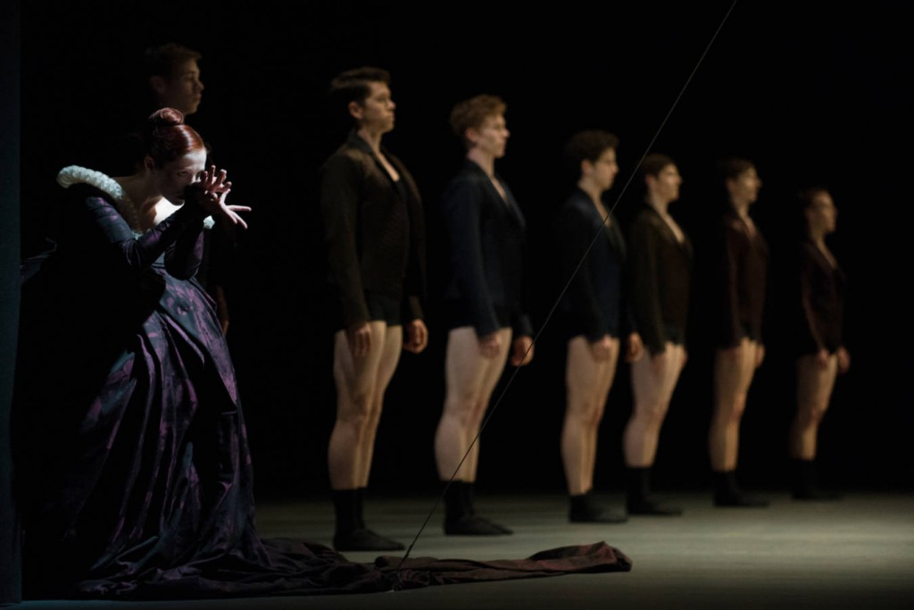 7. Eva Dewaele and ensemble, Sonnet by Christian Spuck, Ballet Zurich