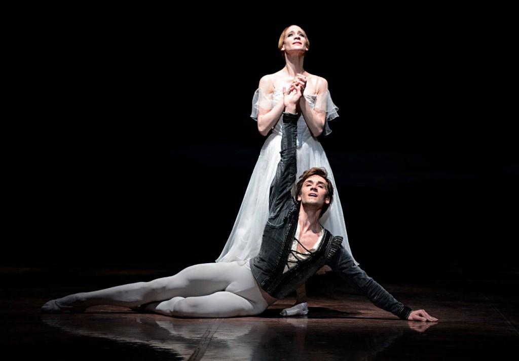 7. Alicia Amatriain and Friedemann Vogel, Giselle, Stuttgart Ballet