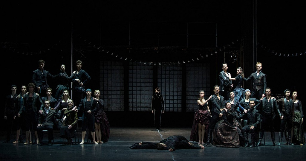 8. Ensemble, Romeo and Juliet by Christian Spuck, Ballet Zurich