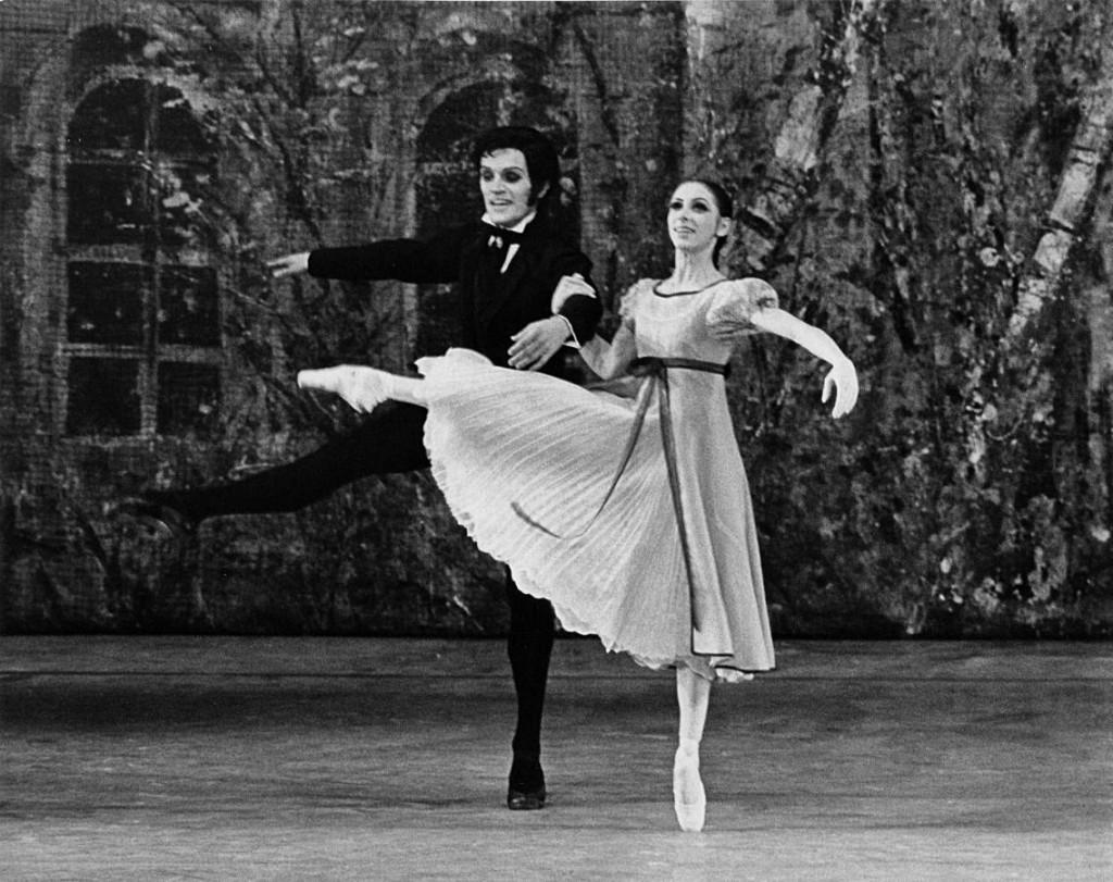 6. Lucia Isenring and Reid Anderson, Onegin by J.Cranko, ca. 1970/71, Stuttgart Ballet, photo by Leslie E.Spatt copyright Stuttgart Ballet