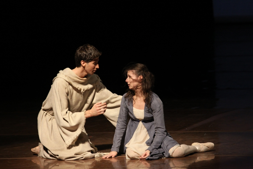 5. Sasha Riva and Alina Cojocaru, Romeo and Juliet by John Neumeier, Hamburg Ballet