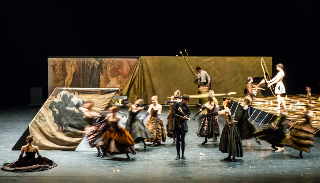 "1. Ensemble, ""Impressing the Czar"" by W.Forsythe: ""Potemkin's Signature"", Semperoper Ballet Dresden © I.Whalen 2015"