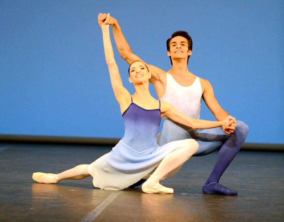 "3. M.Kacerova and C.Allen, ""Holberg Pas de Deux"" by J.Cranko, Stuttgart Ballet © Stuttgart Ballet 2015"