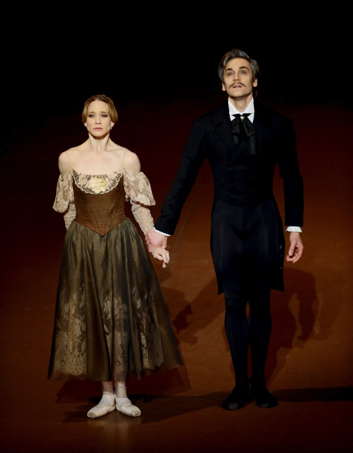 "5. A.Amatriain and F.Vogel, ""Onegin"" by J.Cranko, Stuttgart Ballet © Stuttgart Ballet 2015"