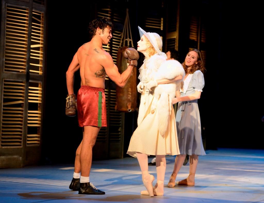 """3. A.Amatriain, J.Reilly and E.Badenes, """"A Streetcar named Desire"""" by J.Neumeier, Stuttgart Ballet © Stuttgart Ballet 2015"""