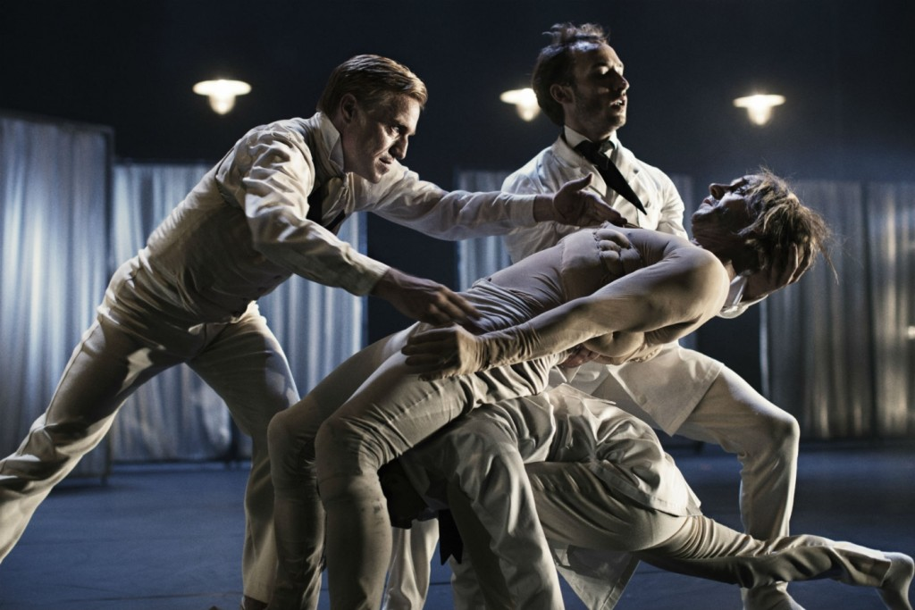 7. Nikolaj Hübbe, Alexander Kølpin and ensemble, The Elephant Man by C.Marston, photo Isak Hoffmeyer