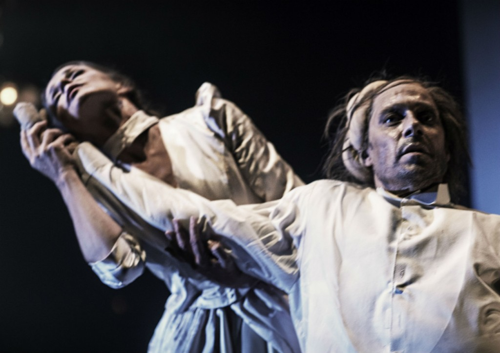 8. Mette Bødtcher and Alexander Kølpin, The Elephant Man by C.marston, photo Isak Hoffmeyer