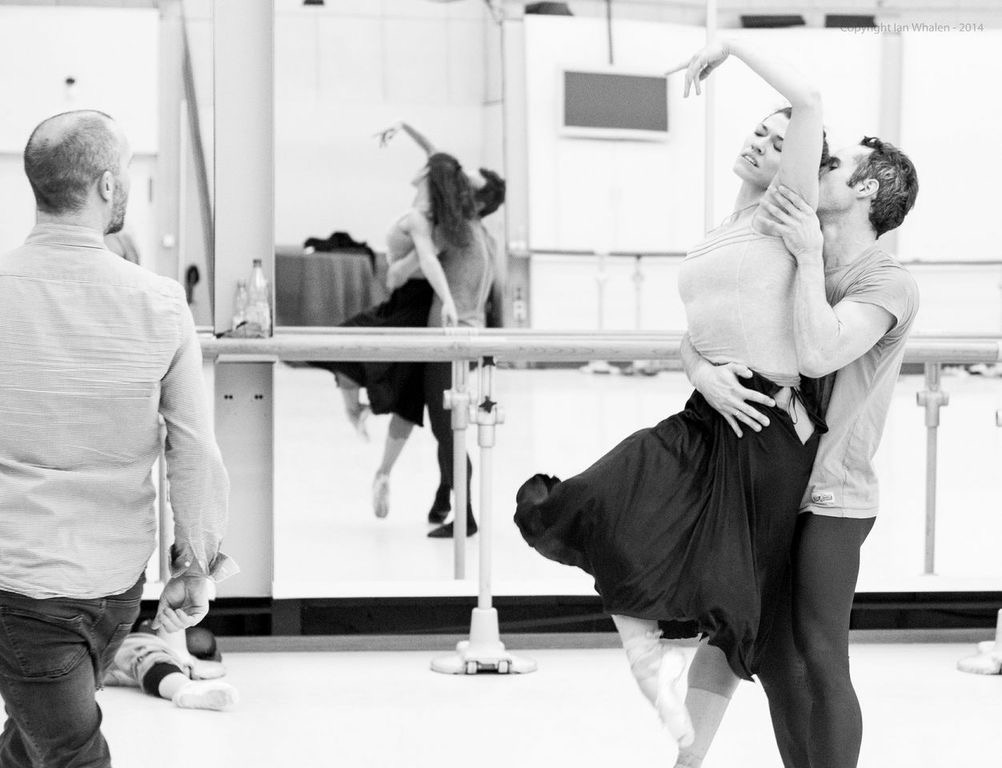 "13. D.Dawson, C.Richardson and F.Voranger, rehearsal of ""Tristan + Isolde"" by D.Dawson, Semperoper Ballet © I.Whalen 2015"