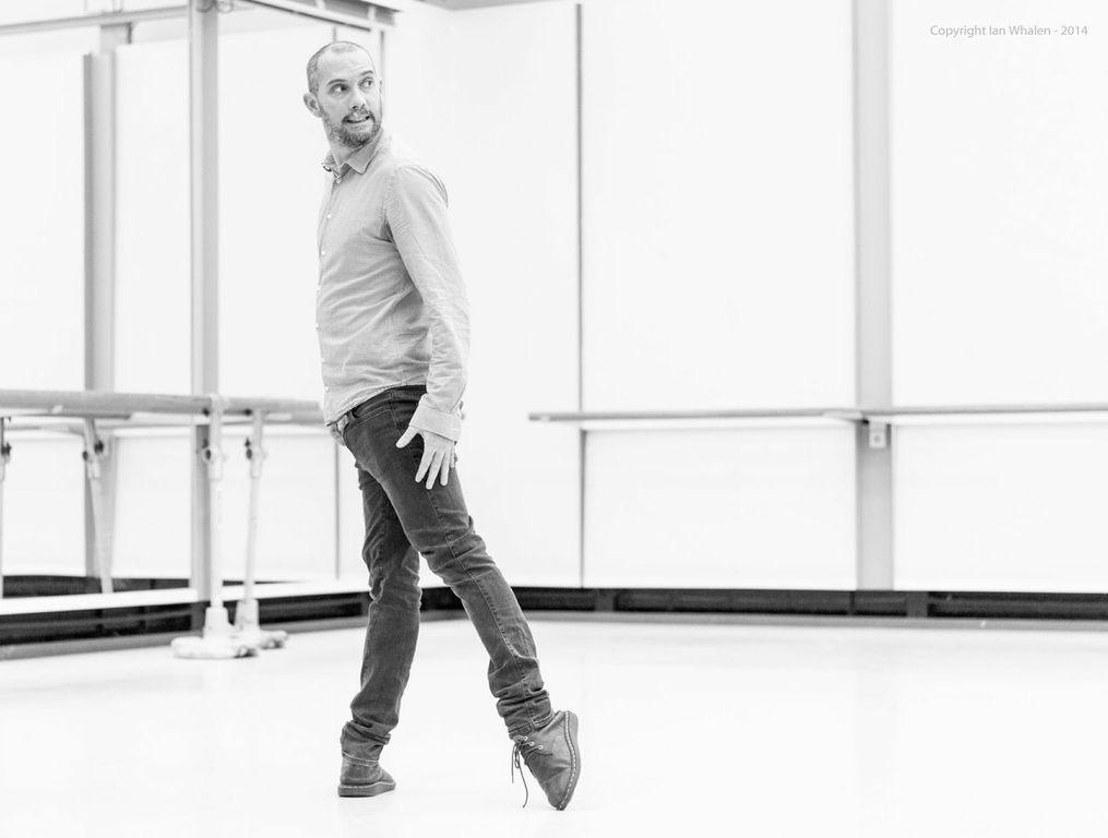 "15. D.Dawson rehearsing his ""Tristan + Isolde"", Semperoper Ballet © I.Whalen 2015"