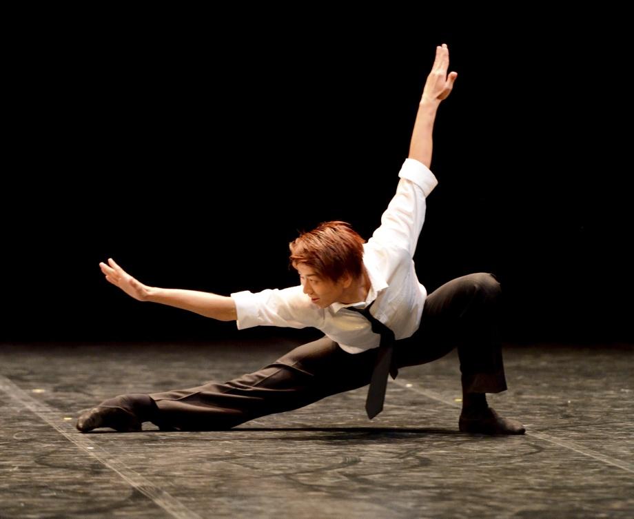 "3. S.Hayami, ""Solo for Diego"" by R.Wherlock, John Cranko School 2015 © Stuttgart Ballet"