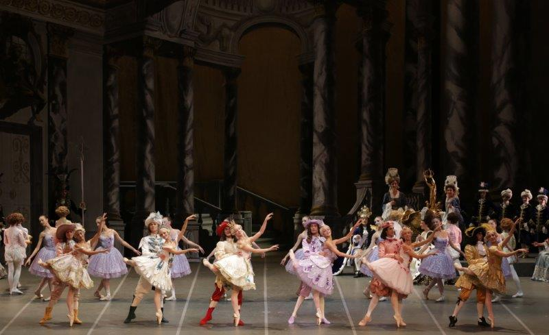 9. N.Manni and ensemble, The Sleeping Beauty by M.Petipa and A.Ratmansky, Teatro alla Scala, photo M.Brescia and R.Amisano