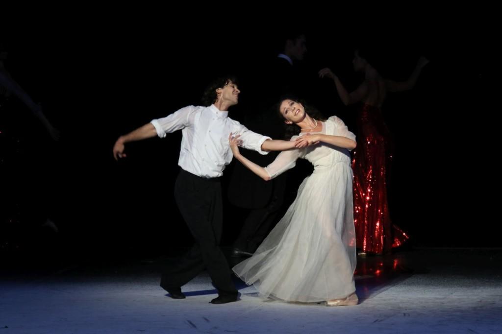 "5. A.Trusch and H.Bouchet, ""A Cinderella Story"" by J.Neumeier, photo: H.Badekow"