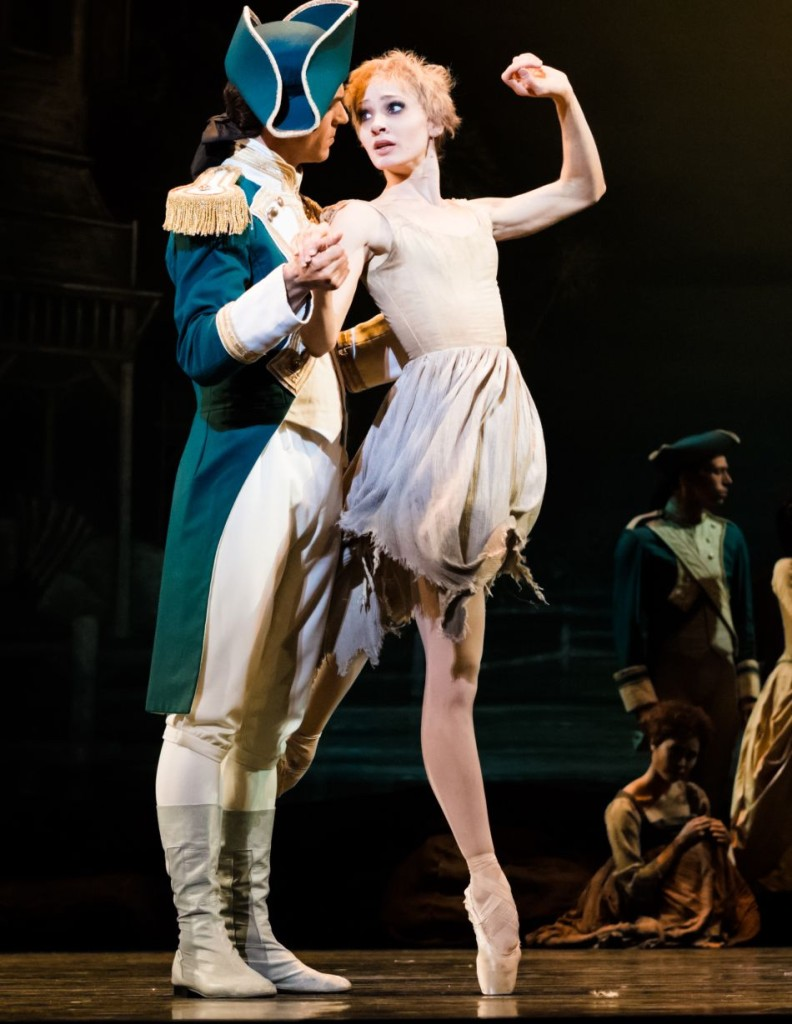 "8. L.Guilbaud and M.Hamilton, ""Manon"" by K.MacMillan, photo: Ian Whalen"