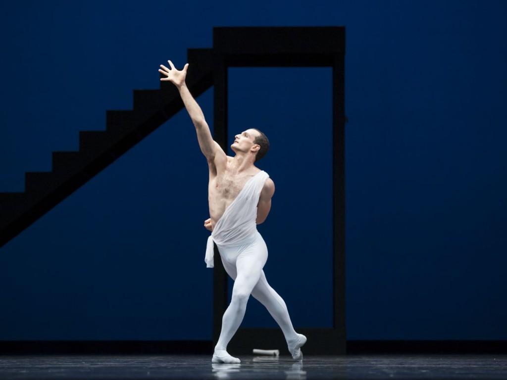 "9. Jiří Bubeníček, ""Apollo"" by G.Balanchine, Semperoper Ballet Dresden © C.Radu"