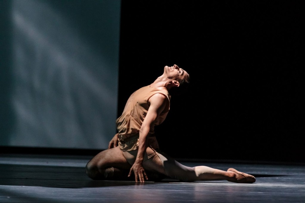 "17. Jiří Bubeníček, ""The Legend of Joseph"" by S.Celis, Semperoper Ballet © I.Whalen"