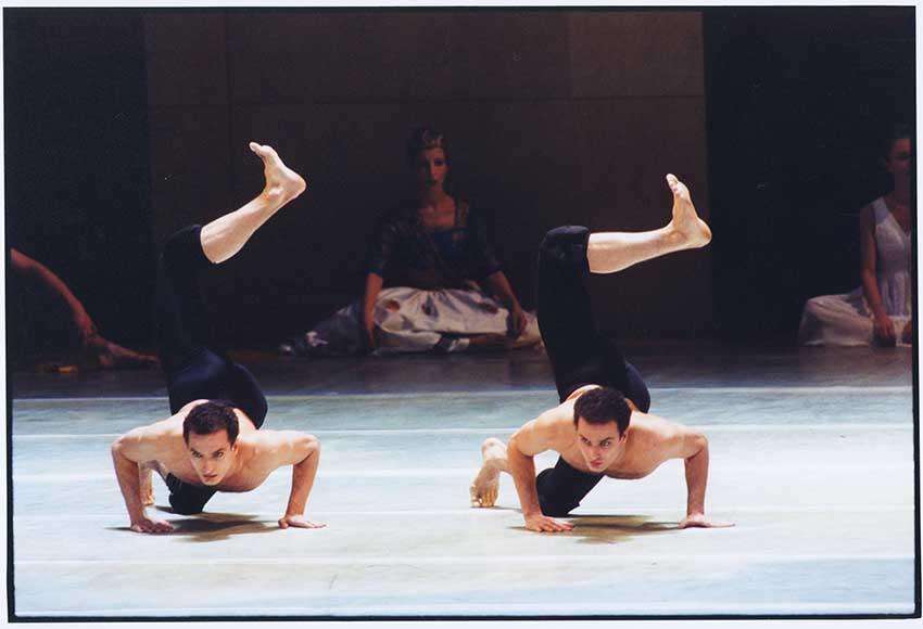 """2. Jiří and Otto Bubeníček, """"Odyssey"""" by J.Neumeier, Hamburg Ballet © H. Badekow"""