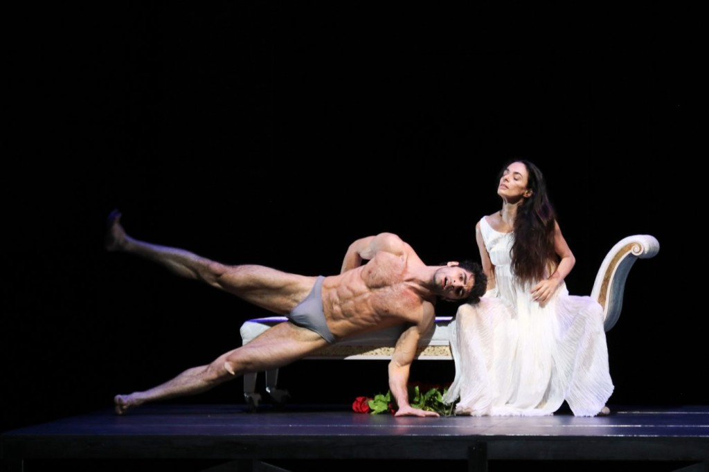 "5. Karen Azatyan and Alessandra Ferri, ""Duse"" by J.Neumeier, Hamburg Ballet © H.Badekow 2015"