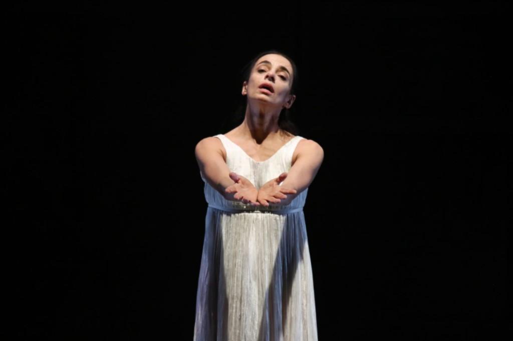 """16. Alessandra Ferri, """"Duse"""" by J.Neumeier, Hamburg Ballet © H.Badekow 2015"""