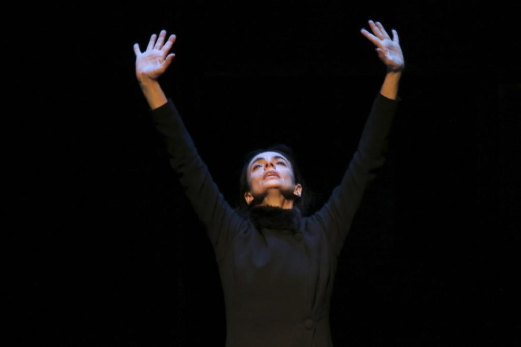 """1. Alessandra Ferri, """"Duse"""" by J.Neumeier, Hamburg Ballet © H.Badekow 2015"""
