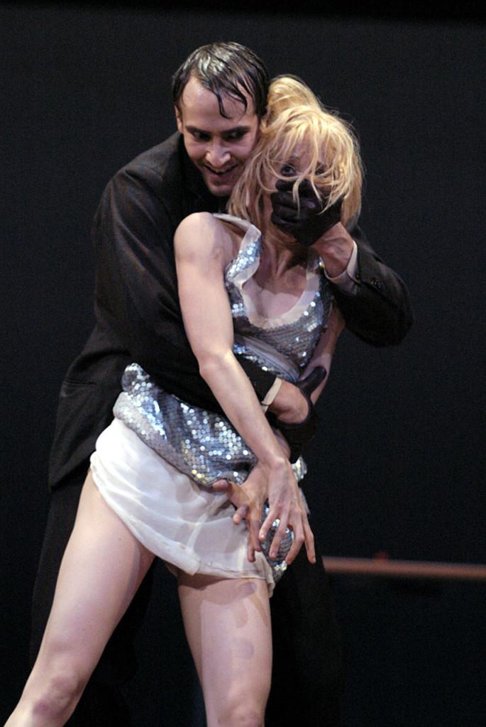 """8. J.Jelinek and A.Amatriain, """"Lulu"""" by C.Spuck, Stuttgart Ballet © R.Brocke"""
