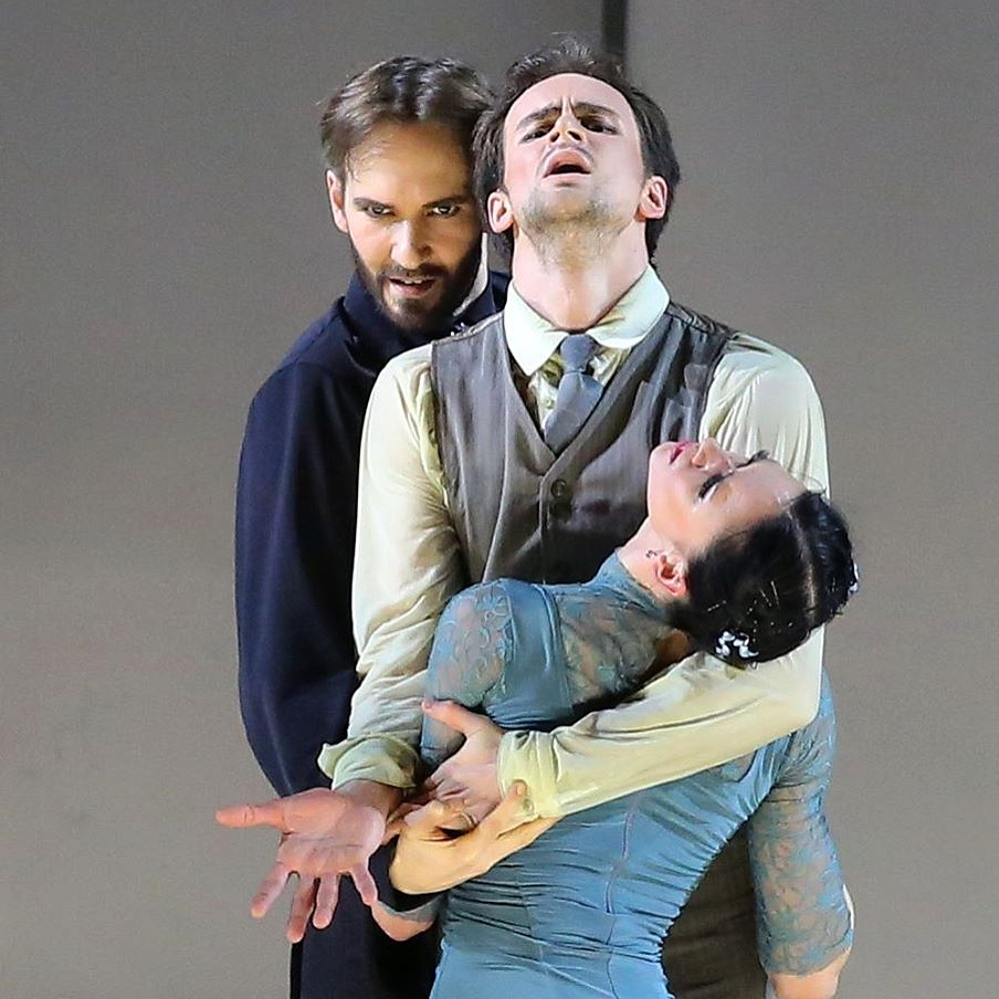 "20. J.Jelinek, O.Gabyshev and L.Andreeva, ""Up & Down"" by B.Eifman, Eifman Ballet © V.Sololov"