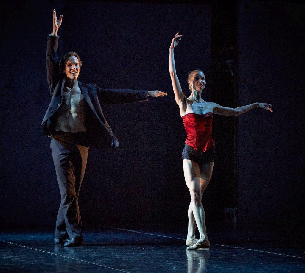 "14. J.Jelinek and B.Jacobs, ""Radio and Juliet"" by E.Clug, West Australian Ballet © S.Pevnev"