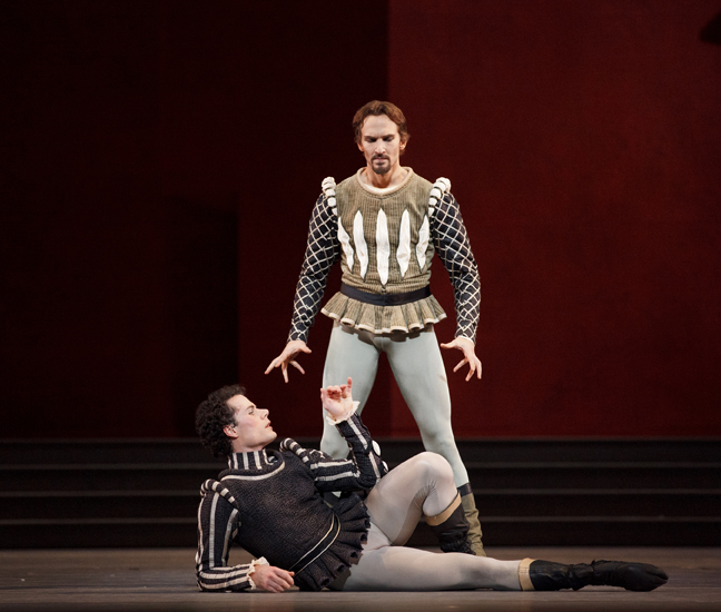 "15. J.Jelinek and P.Stanczyk, ""Romeo and Juliet"" by A.Ratmansky, The National Ballet of Canada © B.Zinger"