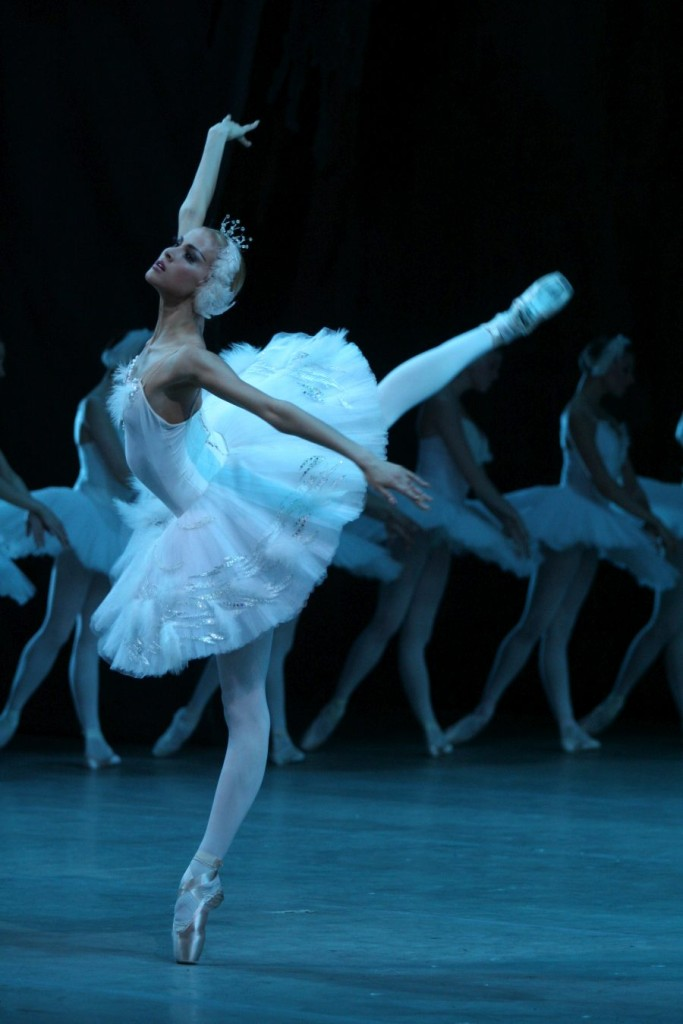 "2. A.Somova, ""Swan Lake"" by K.Sergeyev after M.Petipa and L.Ivanov, Maryinsky Ballet © N.Razina"