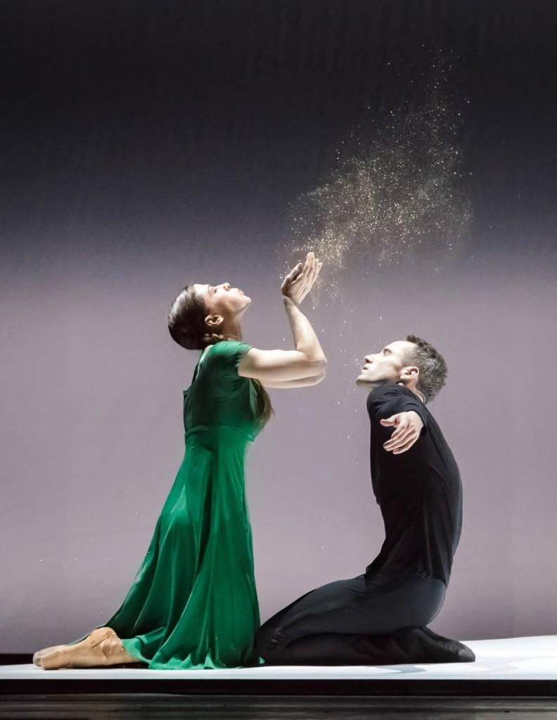 """2. C.Richardson and F.Voranger, """"Tristan + Isolde"""" by D.Dawson, Semperoper Ballet Dresden © I.Whalen"""