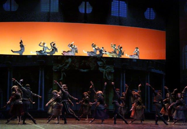 "2. Ensemble, ""Cinderella"" by M.Bigonzetti, Ballet Company of Teatro alla Scala"