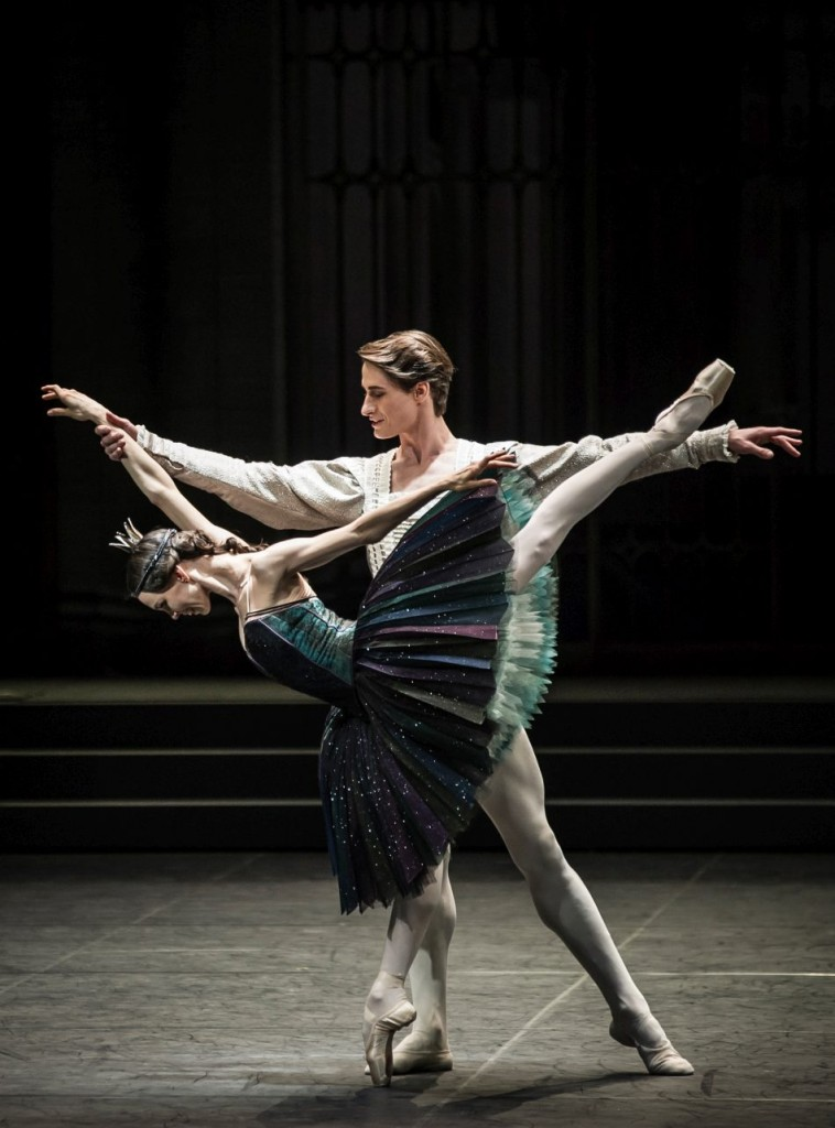 "11. V.Kapitonova and A.Jones, ""Swan Lake"" by M.Petipa and L.Ivanov with additional choreography by A.Ratmansky, Ballet Zurich"