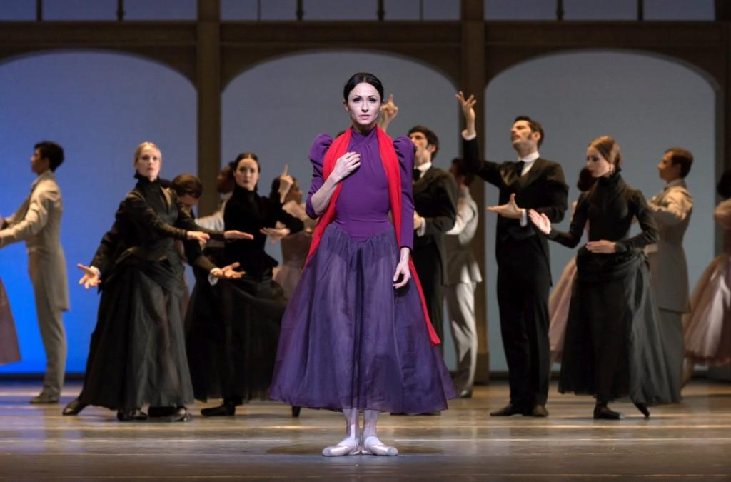 "1. A.Tsygankova and ensemble, ""Mata Hari"" by T.Brandsen, Dutch National Ballet © M.Haegeman"
