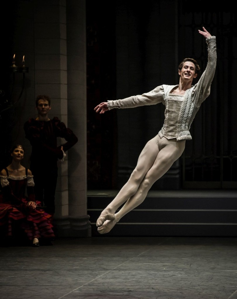 "13. A.Jones, ""Swan Lake"" by M.Petipa and L.Ivanov with additional choreography by A.Ratmansky, Ballet Zurich"